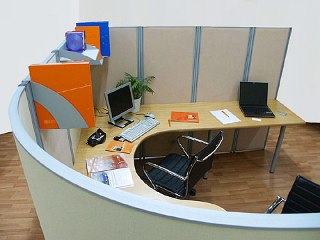 Радиальный модуль офисной мобильной перегородки NAYADA-Blitz